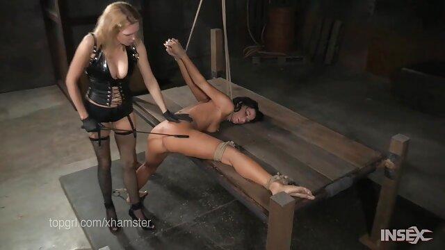 Plantureuse pute suce une bite dans la video gratuit porno salle de sport