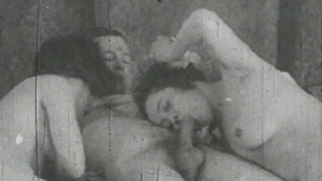 Deux lesbiennes phénoménales utilisent leurs xxx videos francais jouets