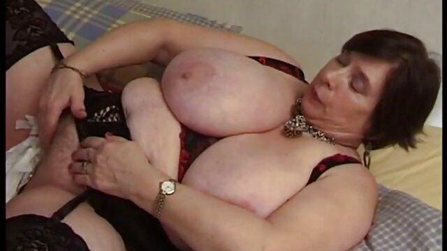Une salope inquiète s'assoit une chatte sur jacquie et michel videos gratuites une grosse chauve-souris