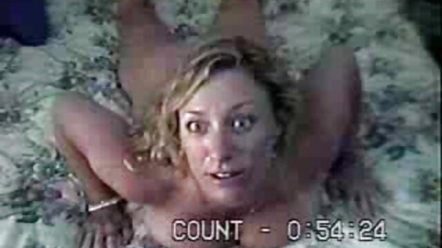 Ne colle pas ton gendre au-delà du vagin, sinon tu essaies de le coller dans mon cul video lesbienne french par le bas en cachette