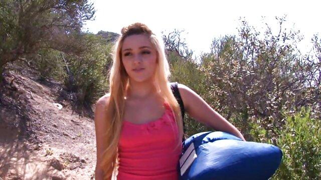 Pious Layla a sorti son jackie michel video gratuite cul rond les yeux fermés en prévision de la pénétration d'un mâle alpha assoiffé