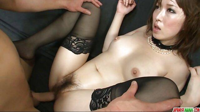 Dormir ébène chatte noire doigté film porno video gratuit avec clitoris et vagin