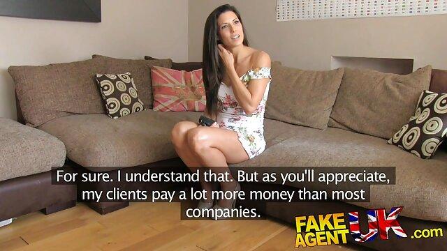 Sexy transexuelle mignonne en bas suce nouvelle video porno une bite et se fait sodomiser