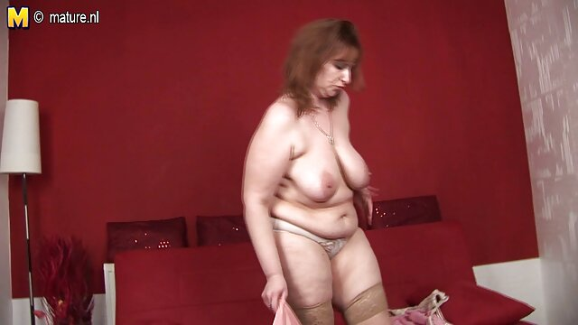 Une grosse femme ivre du Tatarstan se saoule video gratuit xxx par un jeune mec au sous-sol après des vacances